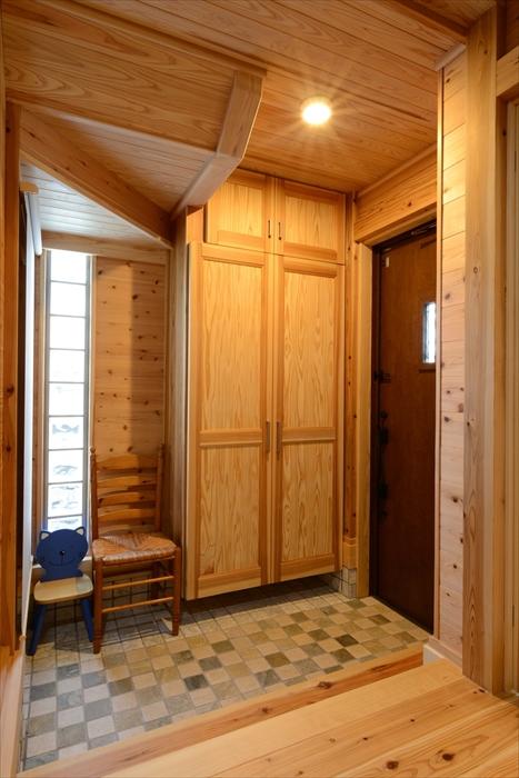 お部屋の雰囲気にあった家具もご用意可能です。
