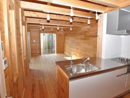 限られた空間を広く、お子様の将来も考えた理想の家